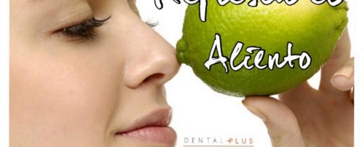 Dentistas en Castellón - Cinco cosas que hay que saber para combatir el mal aliento