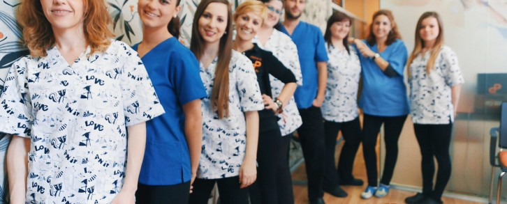 Dentistas en Castellón - En verano, a tu lado para que tu sonrisa luzca como nunca