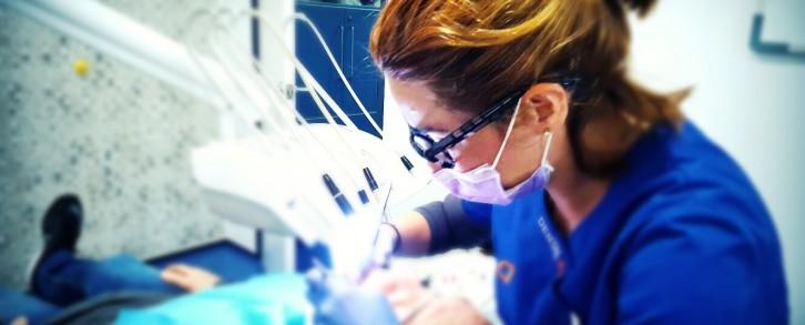 Dentistas en Castellón - La estética dental, mejor si la realiza un profesional